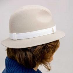 Béžový elegantní dámský klobouk luxusní Assante 82901